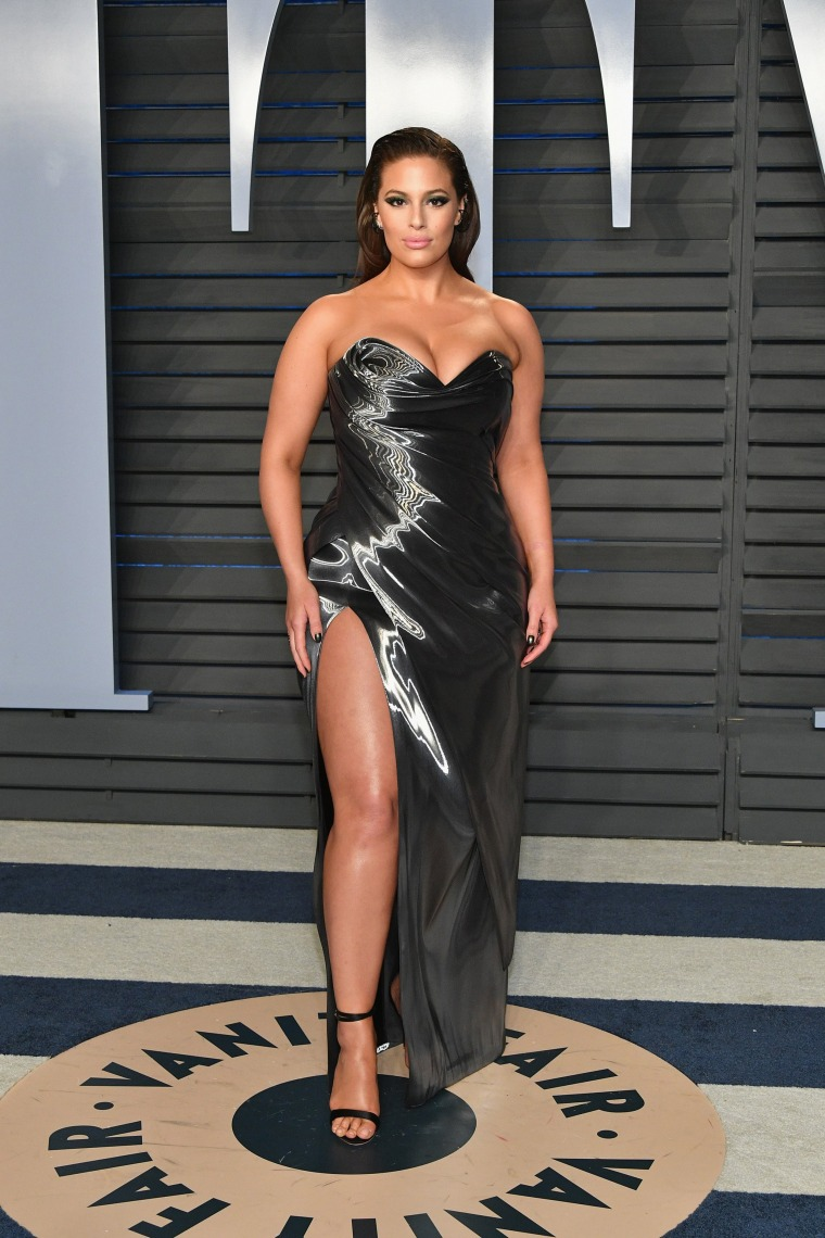 Ashley Graham at the 2018 Vanity Fair Oscar Party