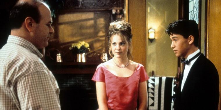 Larisa Oleynik And Joseph Gordon-Levitt In '10 Things I Hate About You'