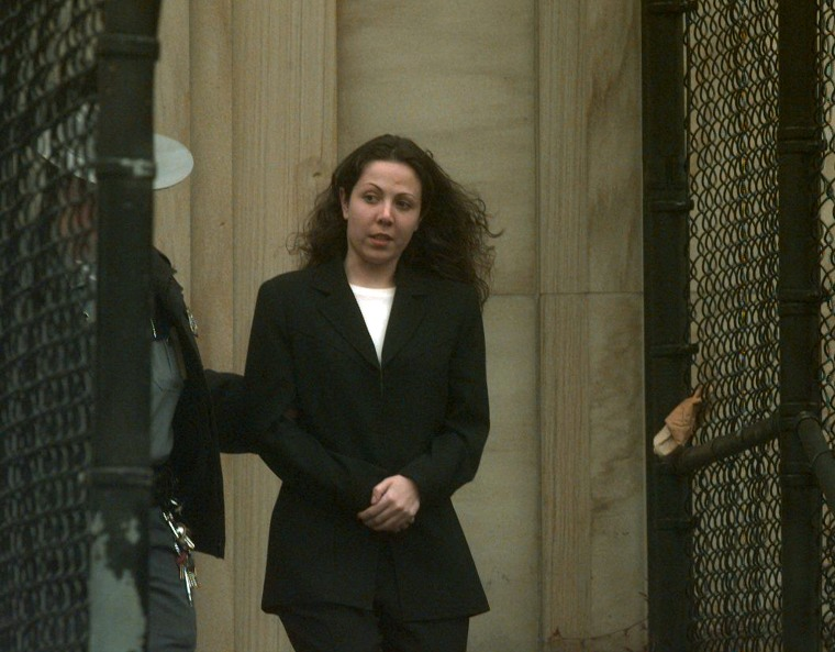 Amy Fisher leaves Nassau County Court