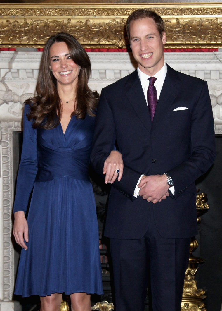 Kate Middleton in blue Issa dress got engaged to Prince William