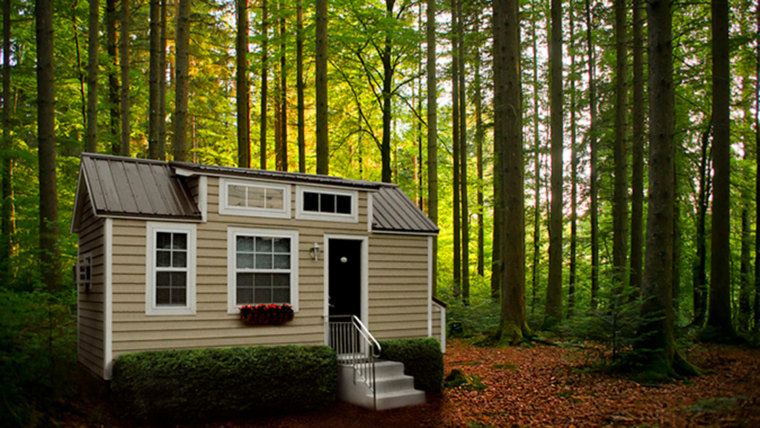 Home - Seniors living in tiny houses