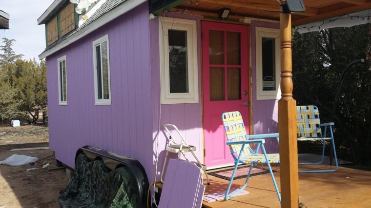 Home - Seniors living in tiny houses