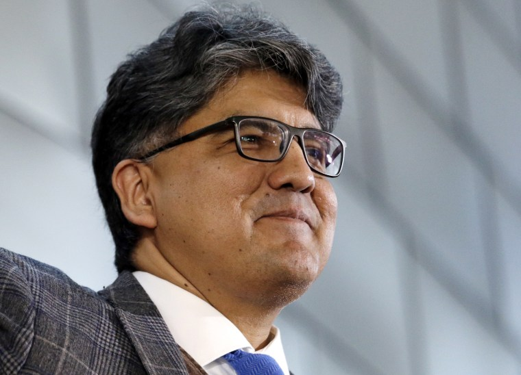 Image: Sherman Alexie gives the keynote address at a celebration of Indigenous Peoples' Day