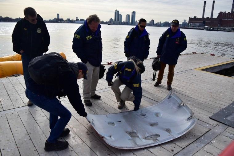 Image: East River helicopter crash