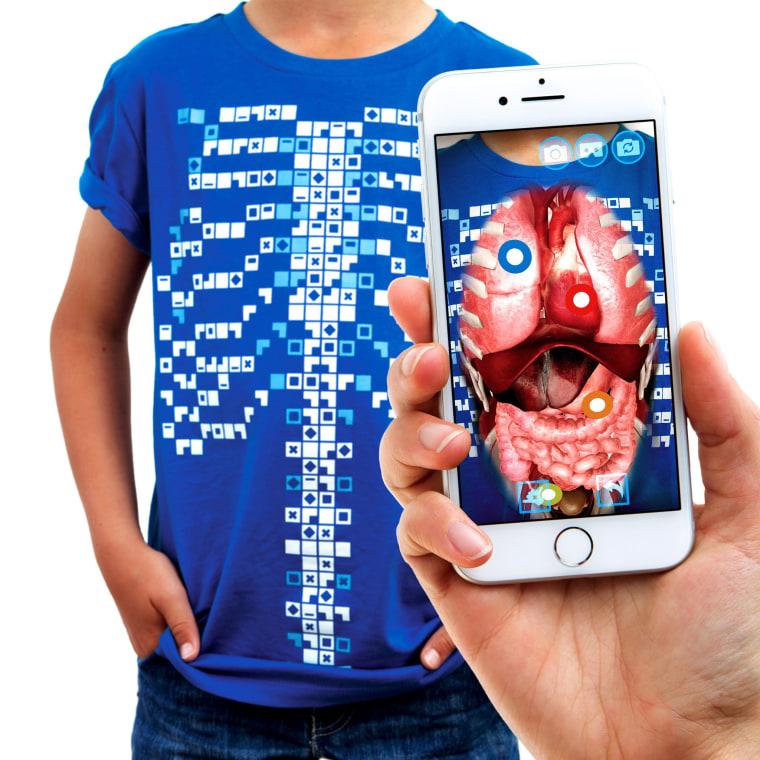 Virtuali-Tee - Augmented Reality T-Shirt