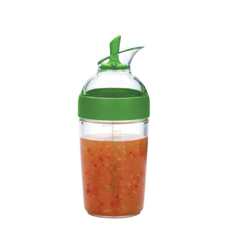 This salad shaker is dishwasher safe and easy to use.