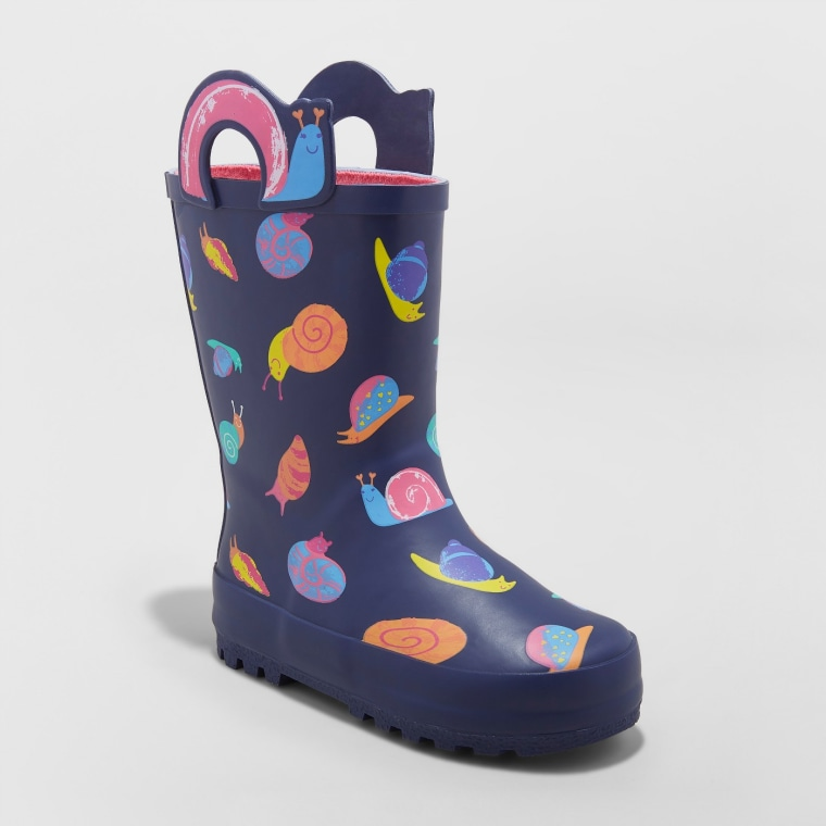 Snail-print rain boots perfect for spring.