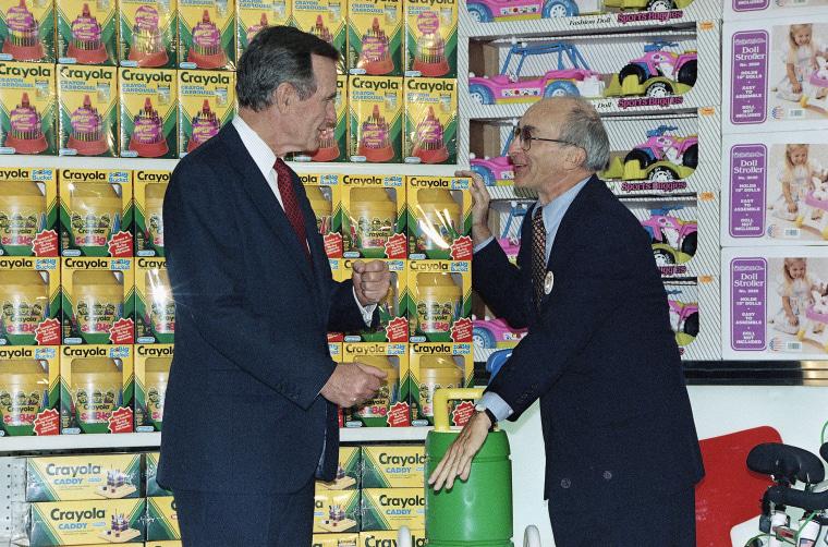 image: George H.W. Bush and Charles Lazarus
