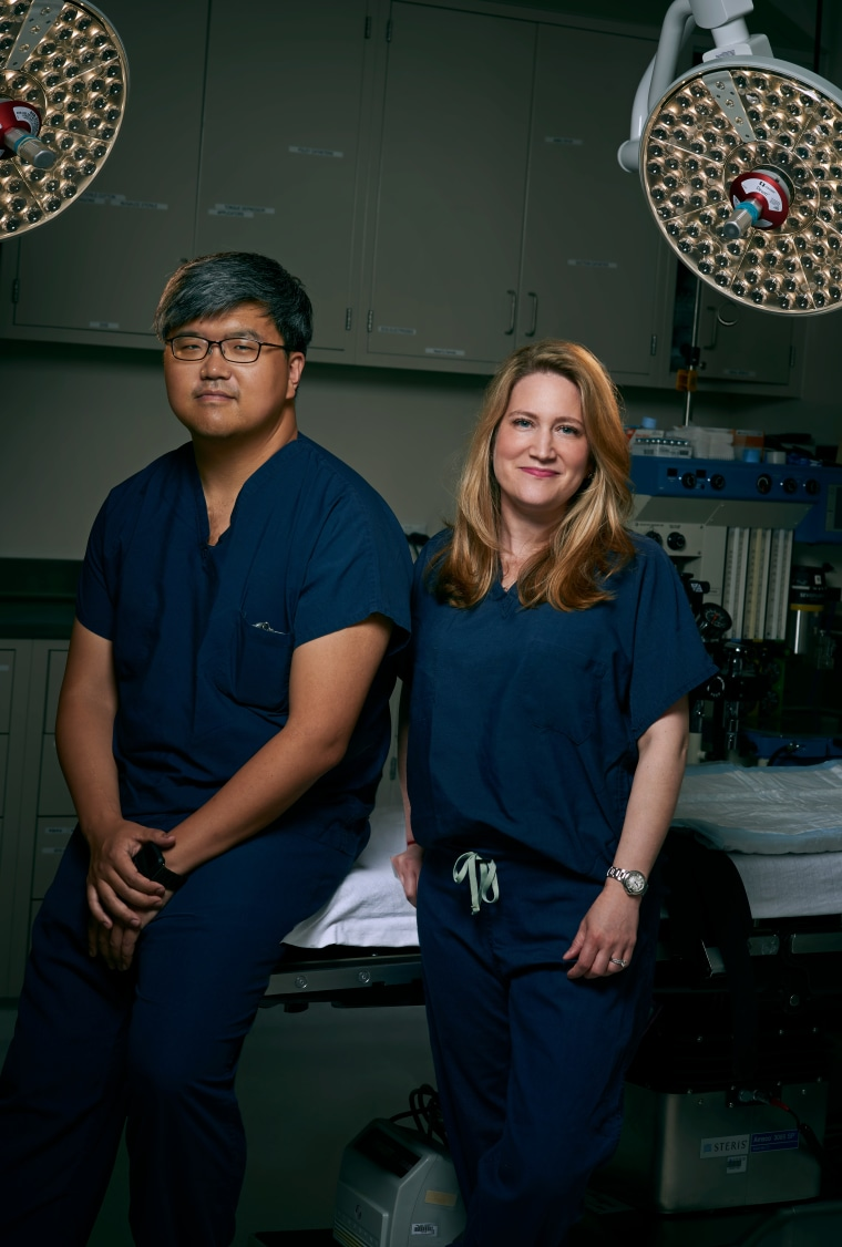 NYU Langone Health Urologist Lee Zhao, MD, and Plastic Surgeon Rachel Bluebond-Langner, MD, work together to perform gender-affirming bottom surgery using a robotic surgical platform, which allows the procedures to be performed with a greater degree of sa