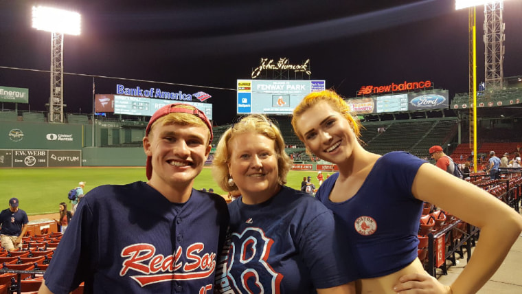 Sydney Walther alongside her mother and brother. Walther, traveled to NYU Langone Health in February 2017 for a life-transforming, gender-affirming procedure at the Hansjӧrg Wyss Department of Plastic Surgery.