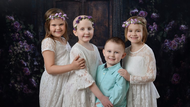 3 young cancer fighters add a friend to annual photo