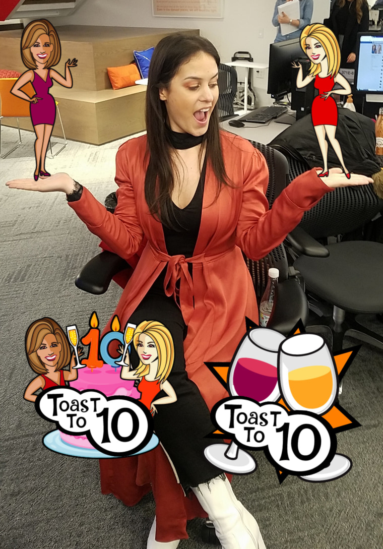 "Donna-dorable demos some of the new ""Toast to 10"" Snapchat Stickers"