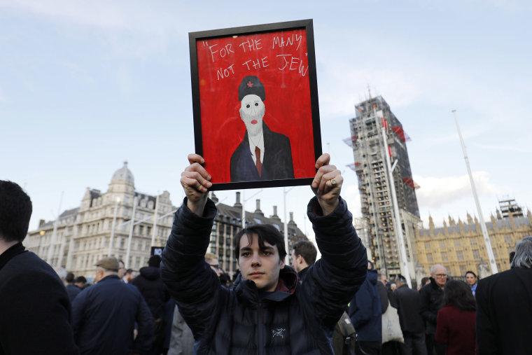 Image: Protest against anti-Semitism