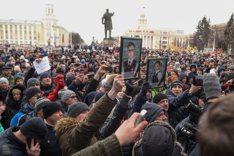 Image: Rally in Kemerovo