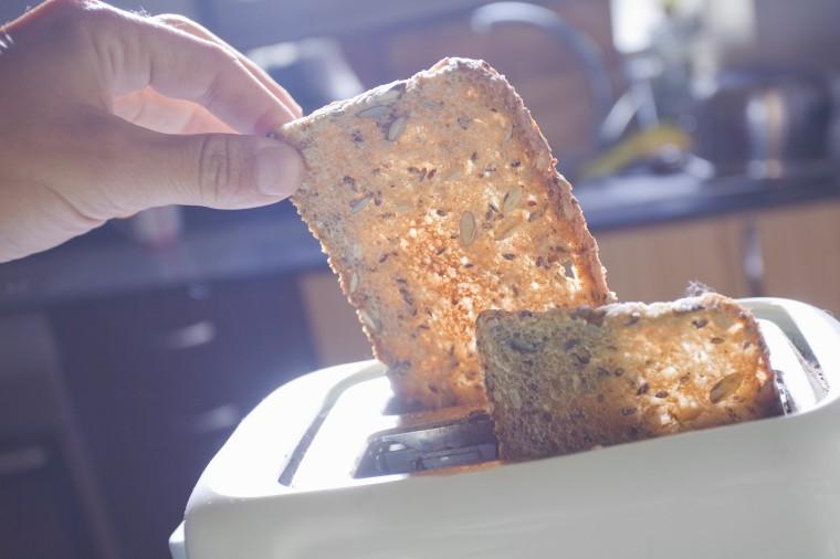 Image: Whole grain toast