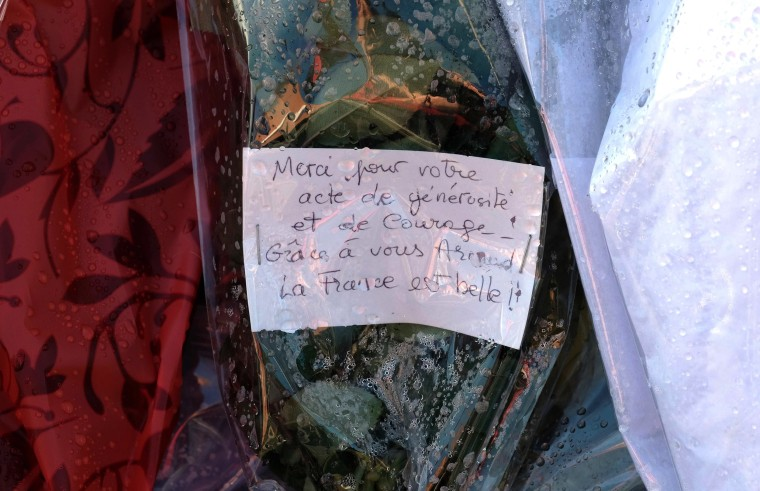Image: 'Thank you for your act of courage. Thanks to you France is beautiful'