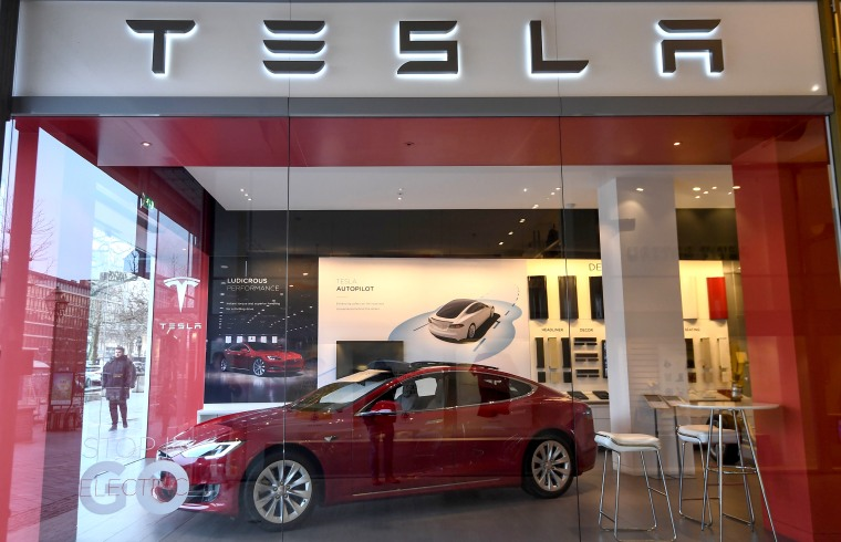 Image: FILES-US-IT-AUTO-LIFESTYLE-TESLA
