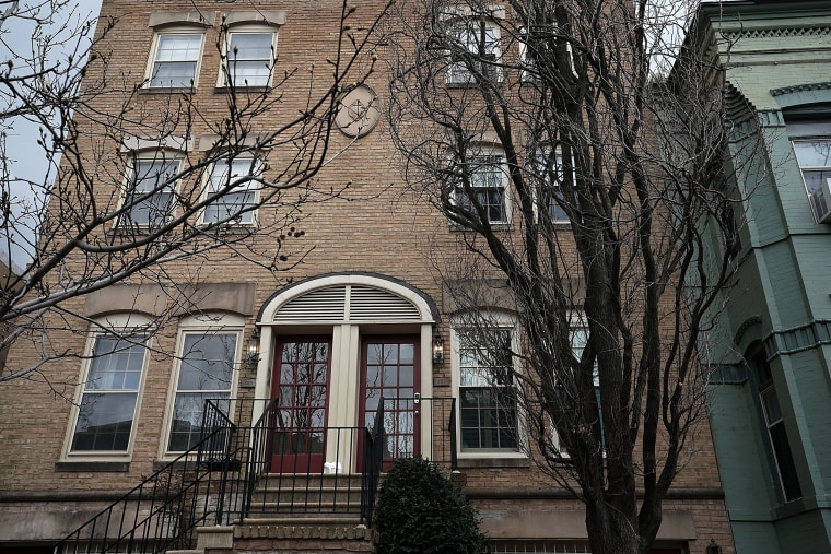 Image: EPA Administrator Scott Pruitt Under Scrutiny For Renting DC Condo That Is Owned By Energy Lobbyist's Wife