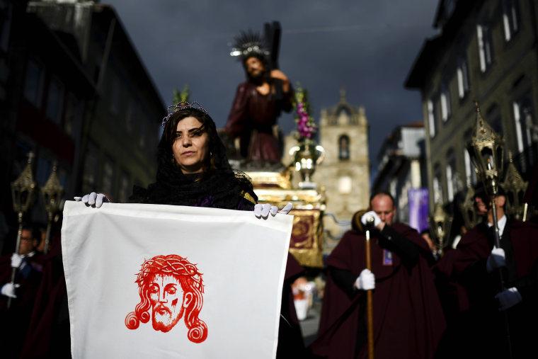 Image: Palm Sunday celebration in Braga, Portugal