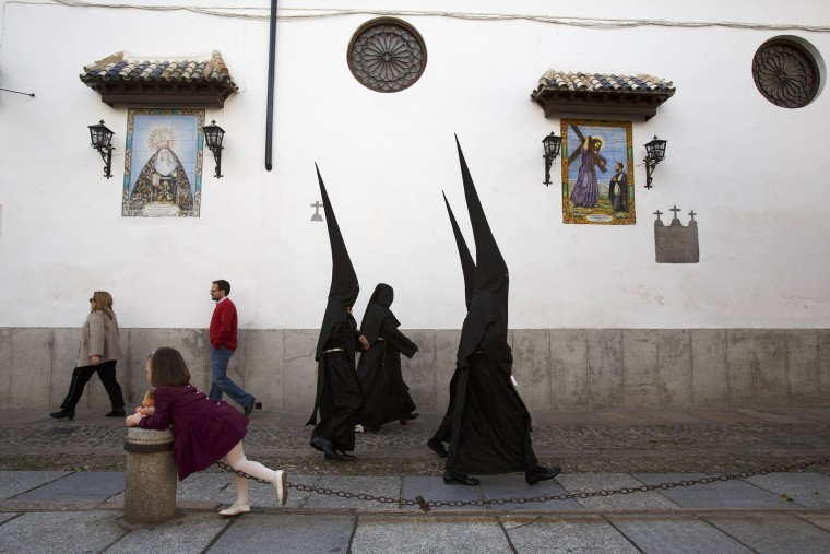 Image: Easter Thursday Processions During Holy Week In Cordoba