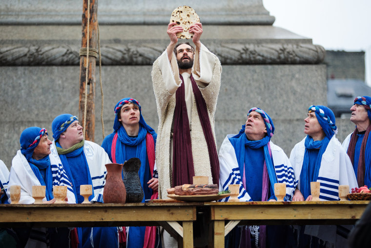 Image: The Wintershall Players Perform The Passion Of Jesus in Trafalgar Square