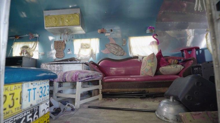 Miranda Lambert Airstream Makeover