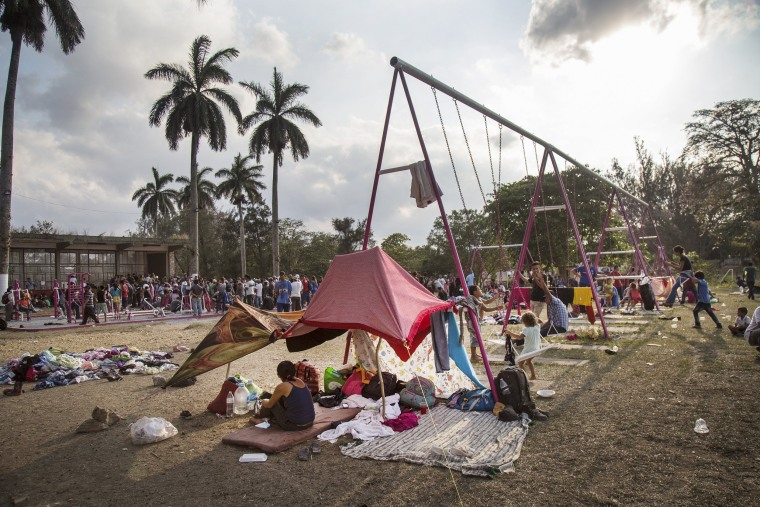 Image: Central American migrants rest in the town of Nicolas Romero, Mexico