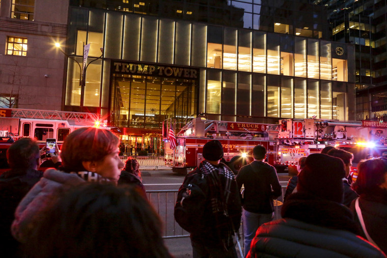 Image: Fire Blazes On 50th Floor Of Trump Tower