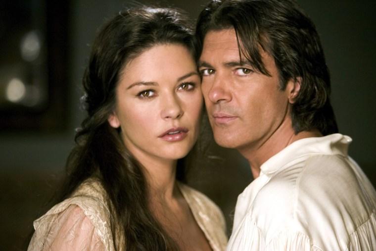 THE LEGEND OF ZORRO, Catherine Zeta-Jones, Antonio Banderas, 2005.