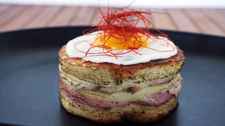 """The Cuban """"Media Noche"""" Grilled Cheese"""