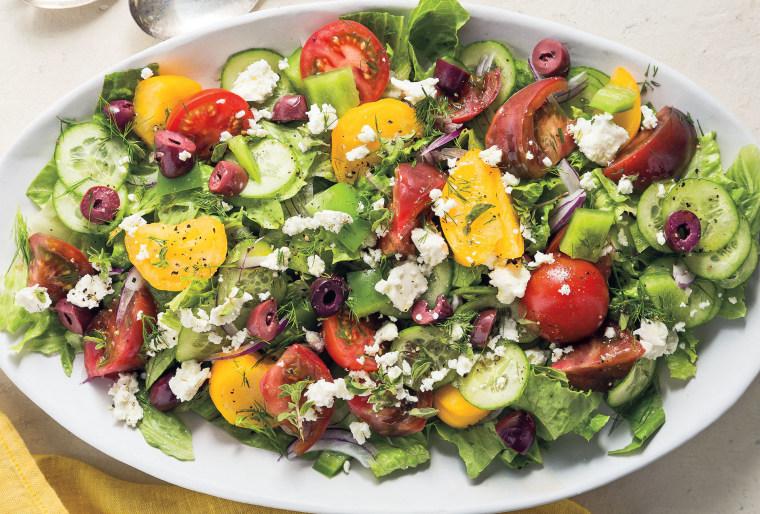 Classic Greek Salad (Horitatiki)