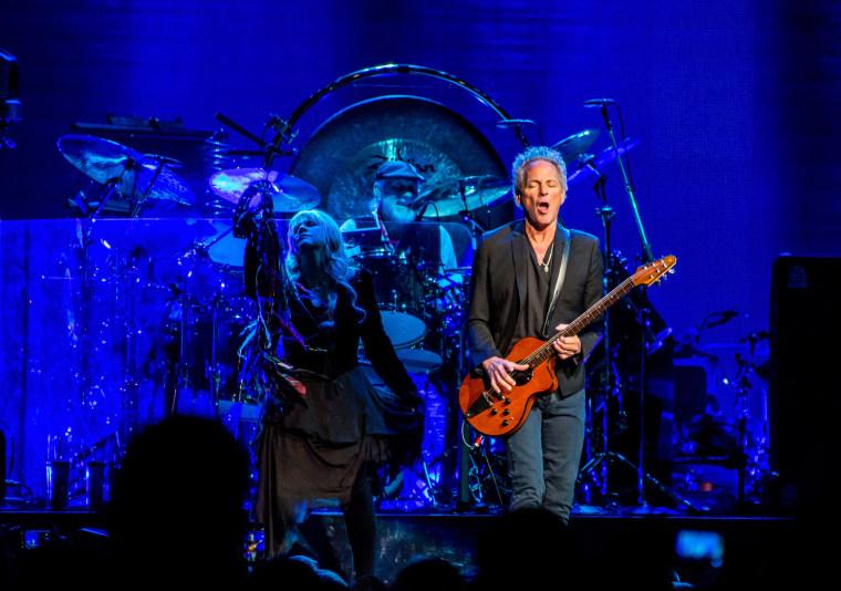 Fleetwood Mac In Concert - Detroit, MI
