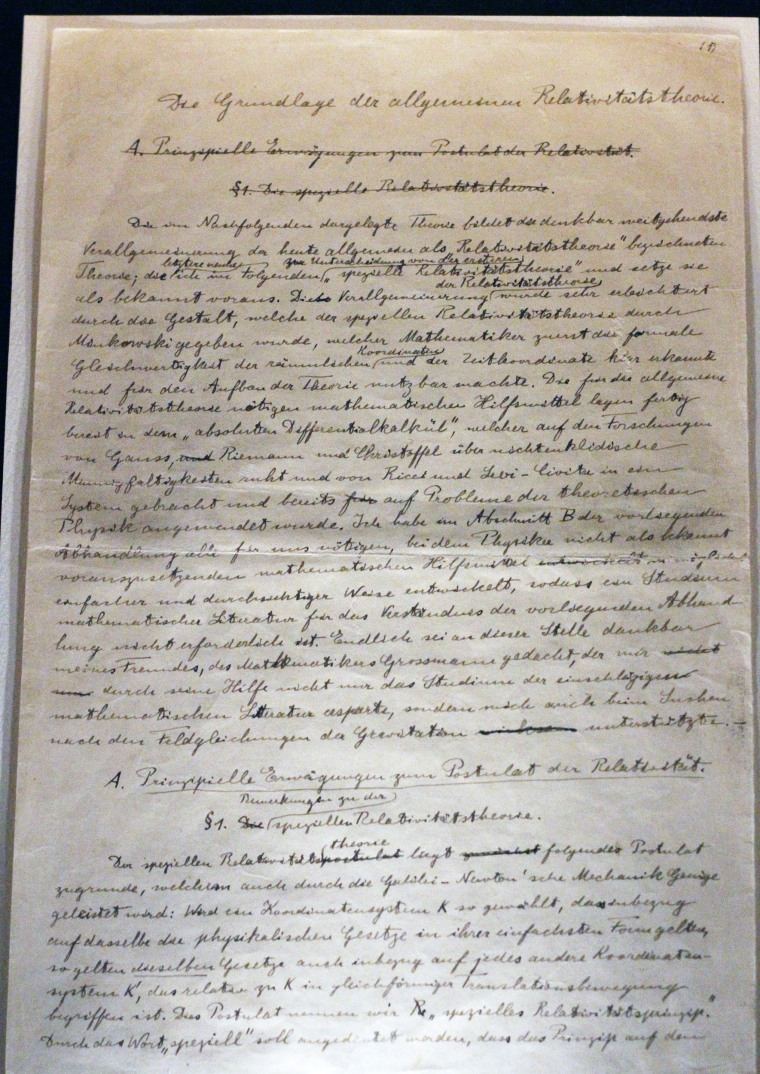 Image: A page of the original manuscripts of the theory of relativity developed by Albert Einstein