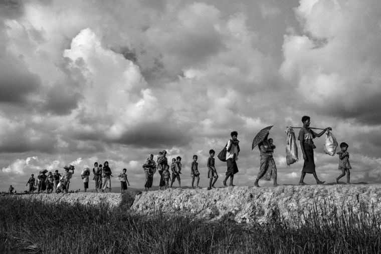 Image: Second-placed series of images of World Press Photo 2018 contest  for General News Stories - Kevin Frayer, Getty Images - Rohingya Refugees Flee Into Bangladesh to Escape Ethnic Cleansing