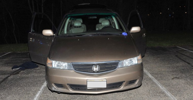 Ohio teenager suffocates in van after twice calling 911