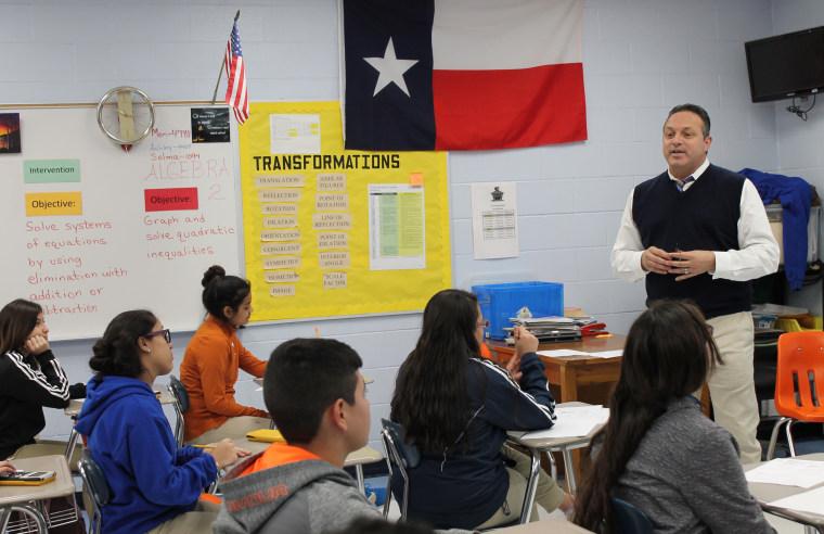 Image: Superintendent Beto Gonzalez talks to students