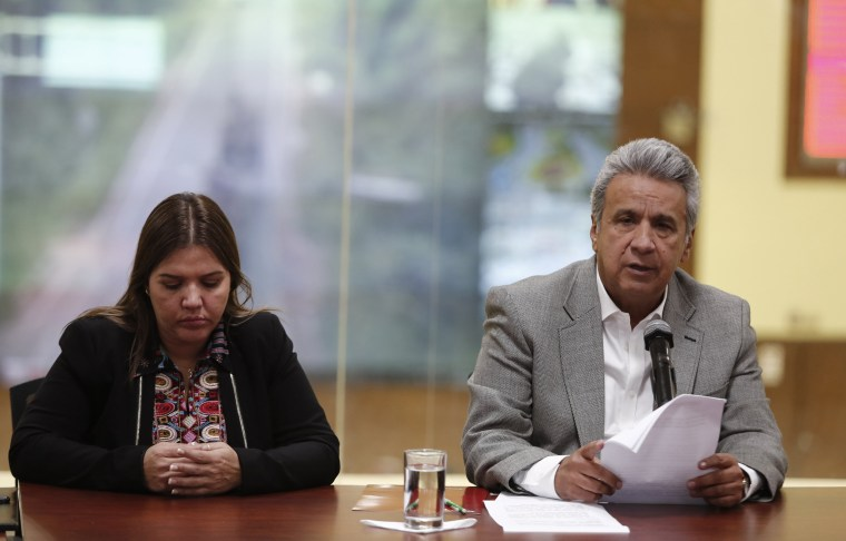 Image: President of Ecuador confirms the murder of kidnapped journalists