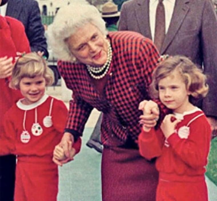 Barbara Bush with Jenna Bush Hager and her twin sister, Barbara, as kids