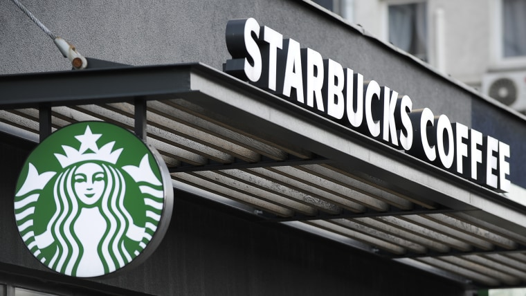 Starbucks policy: no purchase necessary to sit in cafe