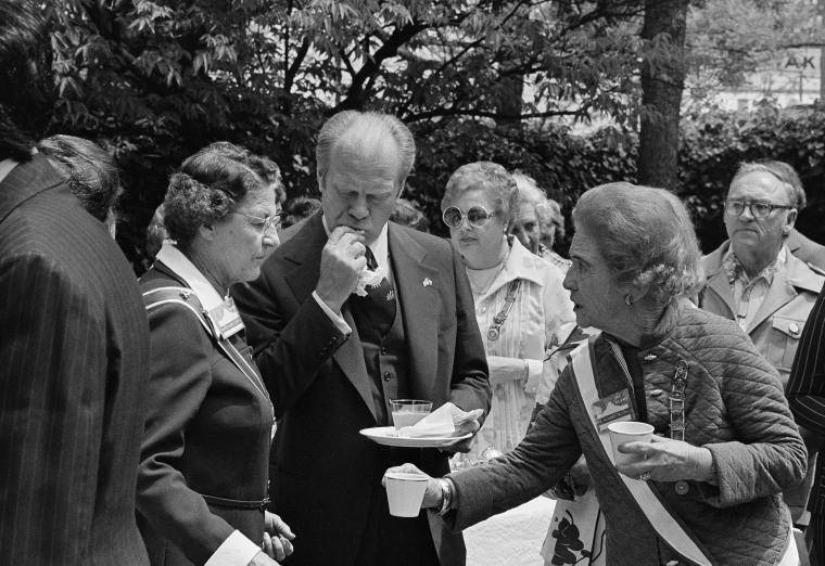 Image: Gerald Ford Alamo visit