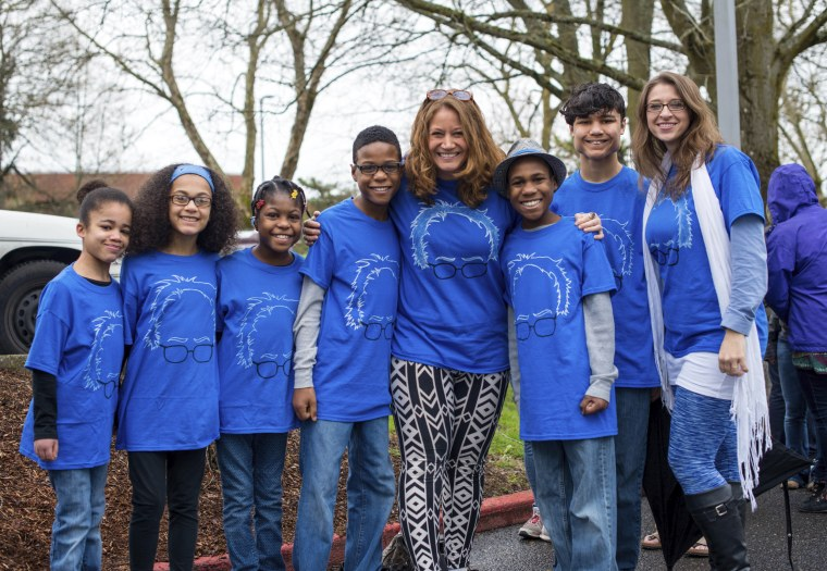 Jennifer and Sarah Hart with their six adopted children in 2016.