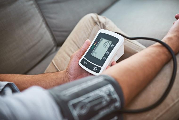 Image: Checking blood pressure
