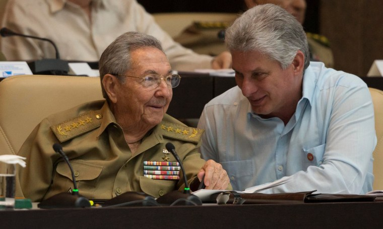 Image: Raul Castro and Miguel Diaz-Canel