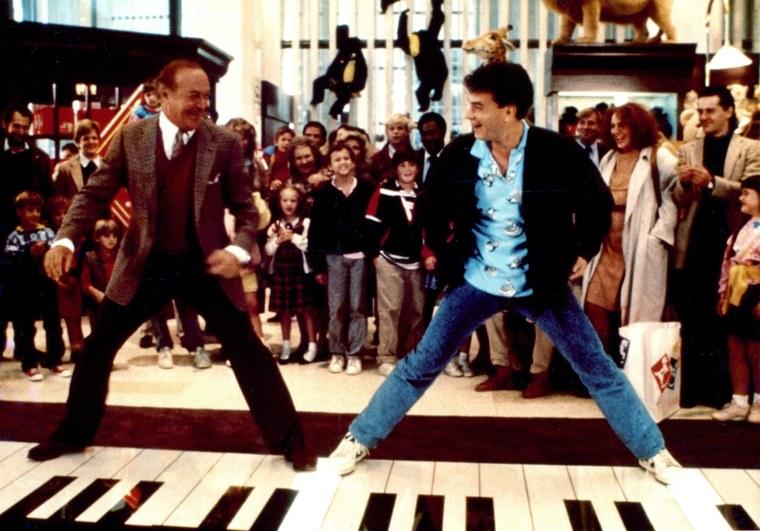 "Tom Hanks dances on piano in ""Big"""