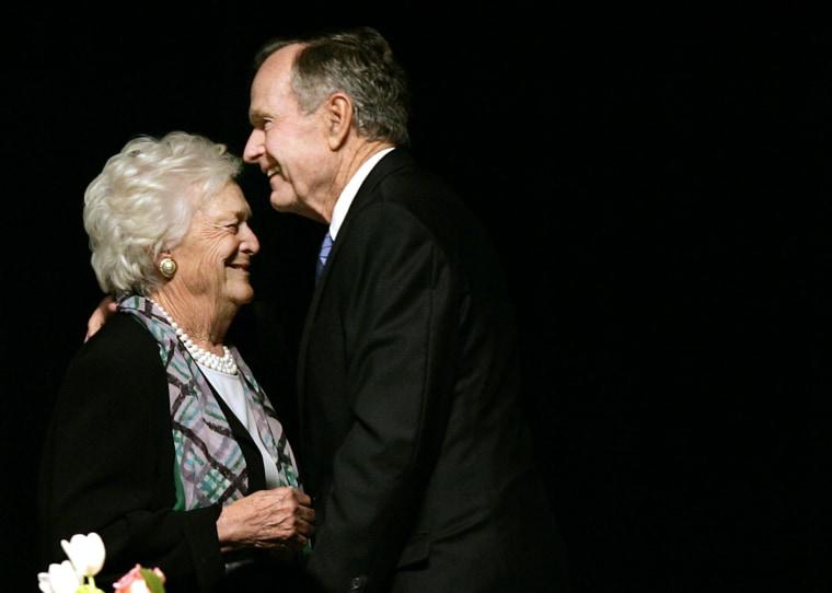 Image: Barbara Bush and George H.W. Bush