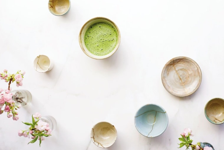 Many of us break a bowl or vase and think: garbage. But the Japanese art encourages us to the see potential for beauty in reconstructing the broken pieces.