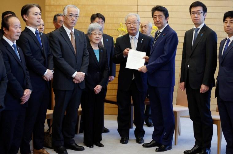 Image: Japan's PM Abe