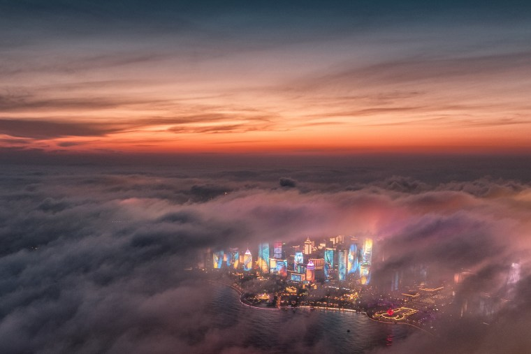 Image: Advection fog drifts across skyscrapers