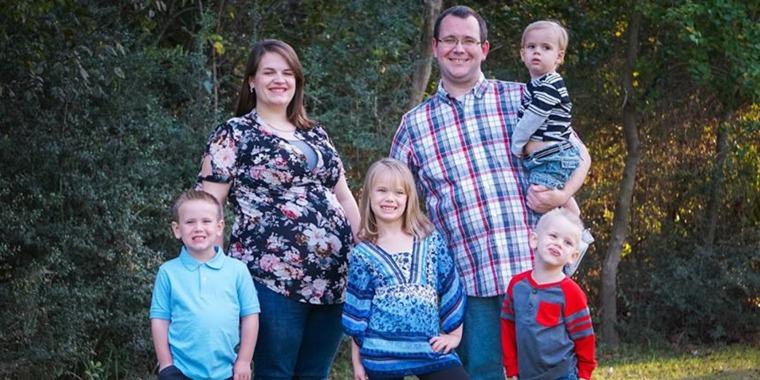 Siblings reunite in hospital after tragic wreck