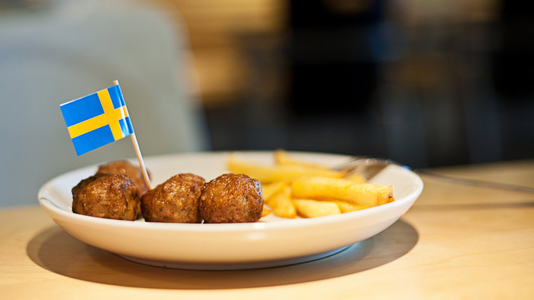 Meat balls and fries